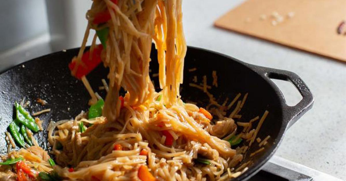 Drunken Rice Noodles With Pork Lodge Cast Iron